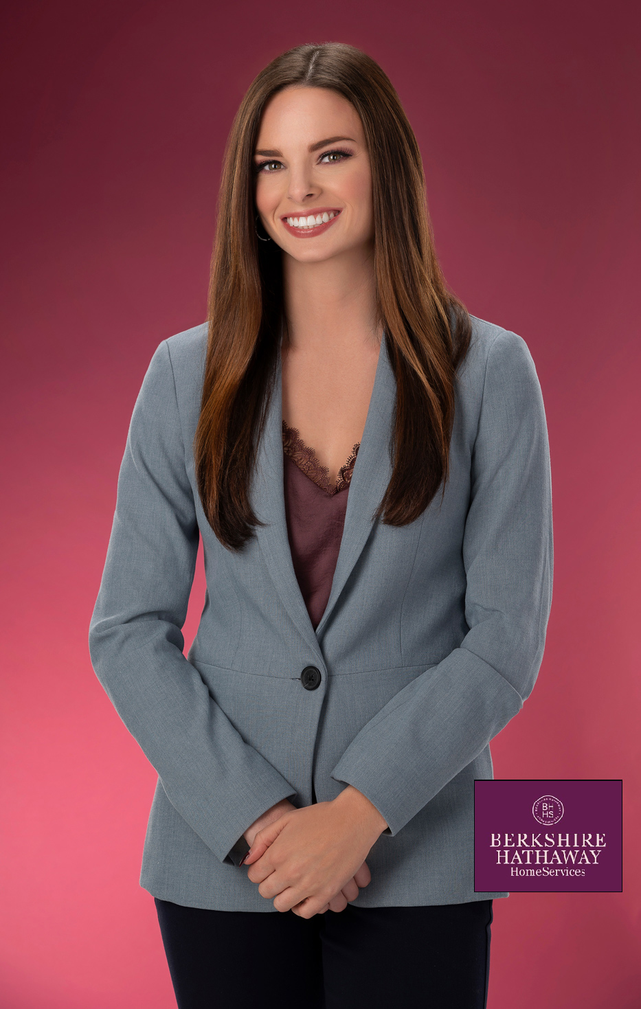 realtor headshot of a real estate agent in Michigan